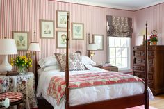 Уэйко - Марк Д. Сайкс Red Interior Design, Southern Living Magazine, Hill Country Homes, Bunk Rooms, Stylish Beds, Red Rooms, Traditional Bedroom, Living Spaces, Living Rooms