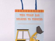 Our Big Rig range is ideal for your little boy's construction party. Big Rig Party Bags. 8 pack. Our range is unique in every way from tipper shaped invitations, pop up party hats and exquisite gift bags to take home.  Purchase our complete Big Rig Party Kit or browse our shop to create your own construction theme.  Environmentally friendly and recyclable. Available at www.lovetheoccasion.com.au