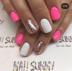 Semi-permanent varnish, false nails, patches: which manicure to choose? - My Nails Nagellack Design, Nagellack Trends, Nail Art Stripes, Striped Nails, Cute Acrylic Nails, Cute Nails, Acrylic Art, Shellac Nails, Nail Polish