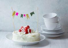 Hvid chokolade/jordbær-lagkage