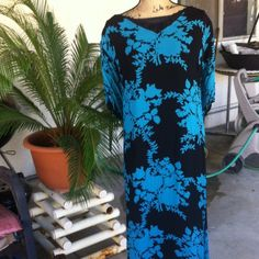 Spring dress fully lined Polyester rayon cold wash lined string on the back for adjustment breezy flattering chelsea studio Dresses Maxi