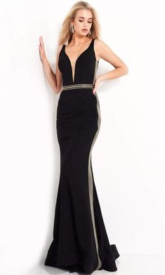 Look so impeccably sultry in this glimmering Jovani 04535 creation. Designed in a glittering sleeveless silhouette, this gown features a plunging v-neckline with a sheer inset. This stunner flourishes a plunging v-open back while contrasting chain accents trim the sides and waist. The mermaid skirt skims and flares into a sweeping finish. Lavish in the captivating style of this Jovani masterpiece. Mermaid Skirt, Mermaid Gown, Black Prom Dresses, Formal Dresses, Hourglass Dress, Hourglass Body, Groom Dress, Flourishes, Gowns