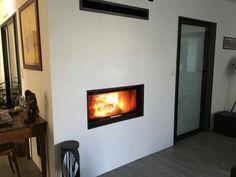 Présentation du foyer ROMOTOP KV055AN Foyers, Fireplaces, Home Decor, Woodwind Instrument, Fireplace Set, Fire Places, Decoration Home, Mud Rooms, Room Decor