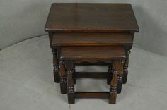 SUPERB SOLID OAK NEST OF 3 COFFEE TABLE / OCCASIONAL TABLE