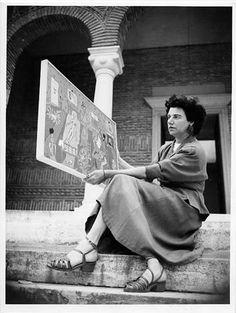 "Marguerite ""Peggy"" Guggenheim (August 1898 – December was an American art collector, bohemian and socialite. Peggy Guggenheim, Max Ernst, Man Ray, Degenerate Art, Alia Shawkat, Venice Biennale, Portraits, Jackson Pollock, Art Moderne"