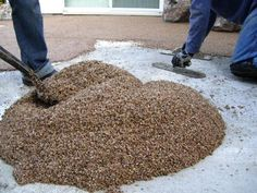 Spread Mixture With a Trowel