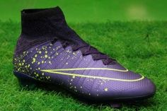 Check out our selection of cheap football boots on sale at TopFlightCleats.co.uk. Save Up To 70% Off nike football boots in the our Clearance Sale. Free shipping.