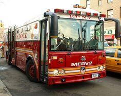 FDNY EMS Major Emergency Response Vehicle, Bronx, New York City ...