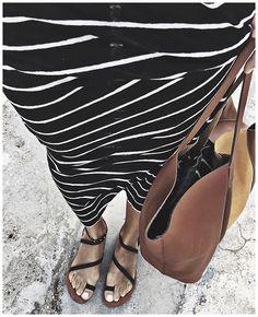 WEBSTA @ audreylombard - Vue du haut ✨• Dress #iro (from @labrandboutique, on sale)• Sandals #isapera (from @Isapera.sandals)• Bag #modetrotter (from @modetrotter)...