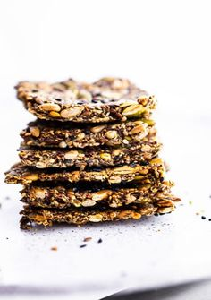 These 4-seed healthy crackers are a tasty snack that's full of nutritional benefits. With no flour or nuts, this recipe is grain-free, vegan, and paleo!#paleo#vegan#gluten-free Healthy Crackers, Gluten Free Crackers, Homemade Crackers, Gluten Free Snacks, Dairy Free Appetizers, Gf Recipes, Snack Recipes, Cooking Recipes, Oats Recipes