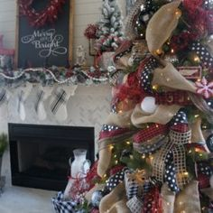 Buffalo check Christmas decor living room tree and mantle red white and black christmas how to decorate a tree and mantle for the holidays Black Christmas, Beautiful Christmas, Christmas Time, Christmas Movies, Amazon Christmas, Christmas Events, Christmas Vacation, Cozy Christmas, Christmas Quotes