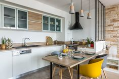 Kitchen open to the dining room: winning duo in 20 pictures - Kitchen Decor Dining Area, Dining Room, Open Kitchen, Vegan Recipes Easy, Kitchen Furniture, Kitchen Remodel, Sweet Home, Interior Design, Table