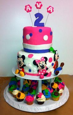 Mickey Minnie Goofy Cake & Cupcakes