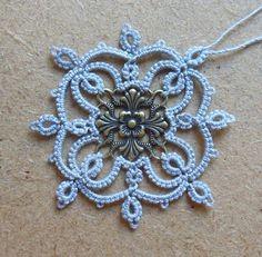 Le Blog de Frivole: Flocon d'Or & Square Elegance Tat around jewelry