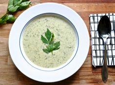 Lipstikkakeitto | Vaimomatskuu ruokablogi Palak Paneer, Love Food, Food To Make, Healthy Recipes, Healthy Meals, Fruit, Ethnic Recipes, Soups, Koti