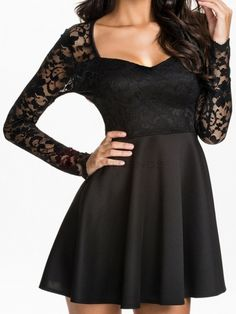 Alluring Lace Patchwork V-Neck Full Sleeve Pleated Dress Black  on buytrends.com