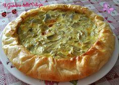La torta ai carciofi e ai formaggi è una deliziosa torta salata, da asporto, può essere un buon piatto unico, o essere servito per accompagnare un aperitivo