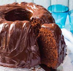 Cake ganache chocolat au thermomix un délicieux gâteau fondant au chocolat pour votre goûter, à servir aussi lors de vos réceptions. vous y trouvez ici la recette la plus facile pour la préparer avec votre thermomix et chez vous à la maison.