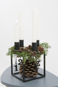 Bilderesultat for juledekorationer 2015 Christmas Advent Wreath, Scandinavian Christmas, Christmas Crafts, Christmas Shirts, Christmas Fashion, Winter Christmas, Christmas Time, Holiday, Advent Candles