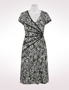 Misses | Dresses | Abstract Leaf Print Dress With Piped Sunburst | dressbarn