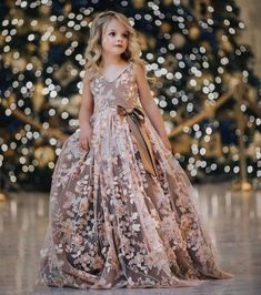 Details about Pink Flower Girl Dresses Flower Applique Pe.- Details about Pink Flower Girl Dresses Flower Applique Pearls Princess Kids Party Gown - Gowns For Girls, Little Girl Dresses, Girls Dresses, Dresses For Kids, Frocks For Girls, Dresses Dresses, Casual Dresses, Pink Flower Girl Dresses, Flower Girl Gown