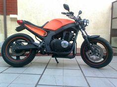 gs500 - Pesquisa Google Gs500 Cafe Racer, Suzuki Cafe Racer, Cafe Racer Build, Custom Motorcycles, Custom Bikes, Cars And Motorcycles, Moto Car, Moto Bike, Cbr