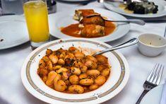Γίγαντες στο φούρνο με κόκκινη σάλτσα – Newsbeast Chana Masala, Cooking, Ethnic Recipes, Food, Kitchen, Essen, Meals, Yemek, Brewing