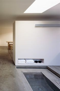 Bathtubs-Built-in-furniture-Concrete-floors : Gallery Image : Remodelista