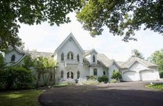 New American Gothic Revival-Style Home Built on the Ohio River