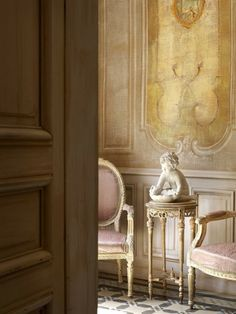 Belgian Pearls: Belgian interiors and architecture through the eyes of photographer Claude Smekens Interior Inspiration, Design Inspiration, Garden Inspiration, Interior Ideas, Belgian Pearls, Belgian Style, French Style, French Country, Piece A Vivre