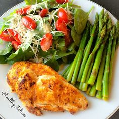 """""""@healthy_italian with her #FlavorGod Grilled Chicken Breast seasoned with my """"Spicy Everything"""" seasoning, steamed asparagus with my #Flavorgod lemon…"""""""