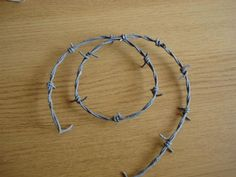 Picture of How to make cheap fake barb wire