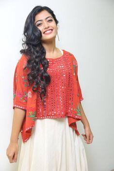 Rashmika Mandanna Photos At Chalo Movie Teaser Dehati Girl Photo, Indian Bridal Sarees, Indian Gowns Dresses, Beauty Full Girl, Most Beautiful Indian Actress, Indian Celebrities, Indian Designer Wear, Bollywood Fashion, Stylish Girl