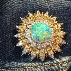 A spectacular opal diamond and yellow diamond brooch by Buccellati perfect Denim jewelry! #simonteakle #buccellati…
