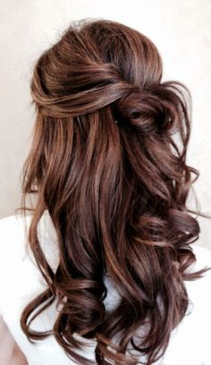 pretty hairstyle, but no tutorial :(