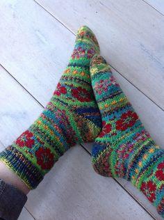 Stunning Flower Power Socks
