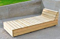 Møblernes dimensioner er valgt efter anvendelse af kun to gr Yard Furniture, Diy Outdoor Furniture, Diy Furniture Projects, Outdoor Decor, Outdoor Lounge, Outdoor Living, Diy Terrasse, Diy Sofa, House With Porch