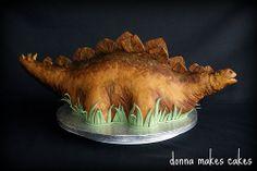 Joes Dinosaur Cake by donna_makes_cakes, via Flickr