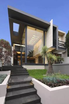 Modern Garden Design, Modern House Design, Duplex House Design, Luxury Homes Dream Houses, House Elevation, Home Reno, Ideal Home, Exterior Design, Modern Architecture