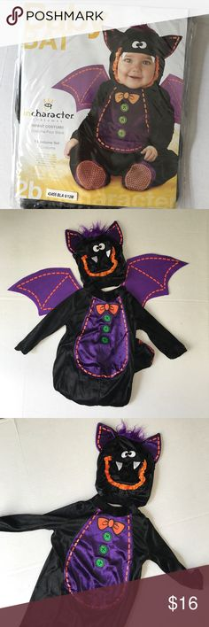 Bitty baby bat costume, size 6-12 mo, brand new! Adorable!!  New costume, size 6-12 months!  Includes hood with plush tuft, detachable wings and printed bodysuit.  Has snaps to change easily, as well as slip resistant feet!  New in bag! Costumes Halloween