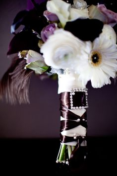 Oh my gosh!!! It's my bouquet, and my theme, all in one...  Just add peacock feathers.