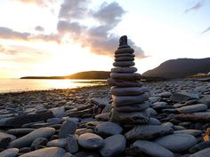 Cairn on Ardmair Beach, near Ullapool, Scotland Great Places, Places To Visit, Scotland Castles, England And Scotland, Northern California, London England, The Good Place, Ireland, Landscapes