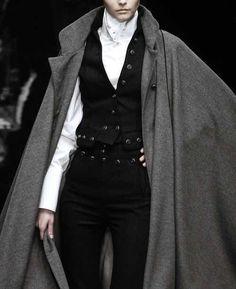 Sartorial Adventure — Dolce and Gabbana, fall 2006 Regency Fashion, Moda Medieval, Mode Outfits, Fashion Outfits, Mode Steampunk, Steampunk Clothing, Steampunk Fashion, High Fashion, Womens Fashion