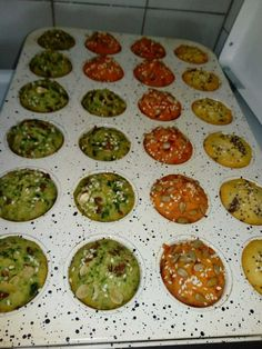 Brzo i jeftino: Posne šarene projice gotove za 20 minuta - stvarukusa Pita Recipes, Appetizer Recipes, Healthy Recipes, Dessert Recipes, B Food, Good Food, Yummy Food, Kitchen Recipes, Cooking Recipes