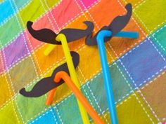 Cool project from http://www.kiwicrate.com/projects/Silly-Moustache-Straws/1332: Silly Moustache Straws