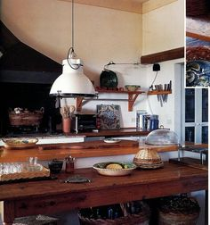 One of my to-dos in life is to design the layout of my home kitchen -- inspiration would be from Italian kitchens.