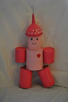 Tin Can Crafts, Metal Crafts, Crafts For Kids, Diy Crafts, Tin Can Centerpieces, Tin Can Man, Tin Can Robots, Tin Men, Recycling Containers