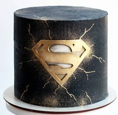 Red Birthday Cakes, Birthday Cake For Him, Cakes For Men, Just Cakes, Fondant Cakes, Cupcake Cakes, Cupcakes, Superman Cakes, Russian Cakes