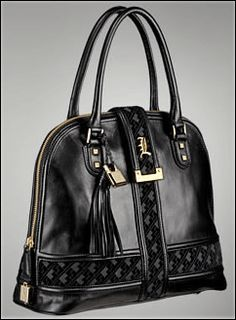 Armani is world class bags manufacturer which carry the designer label of Giorgio Armani and are sold under the brand Emporio. Armani bags are known the world over for their style and comfort.