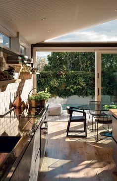 Residence in Ponsonby, Auckland, designed by John Irving |  Image: Simon Devitt